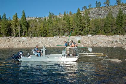 electrofishing-boat