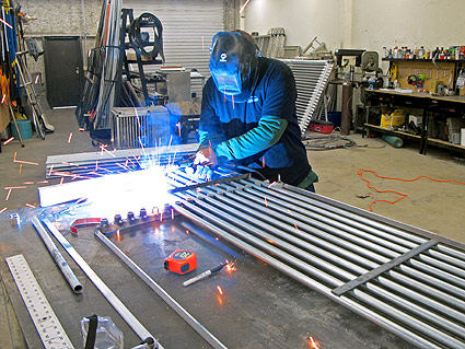 welding-rigid-weir