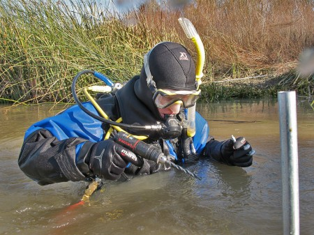 scuba diving river underwater repairs