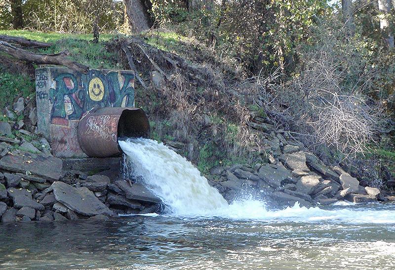 Stormwater Runoff Pollution : Toxic runoff
