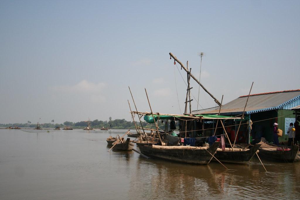 Dai net fishery in Cambodia