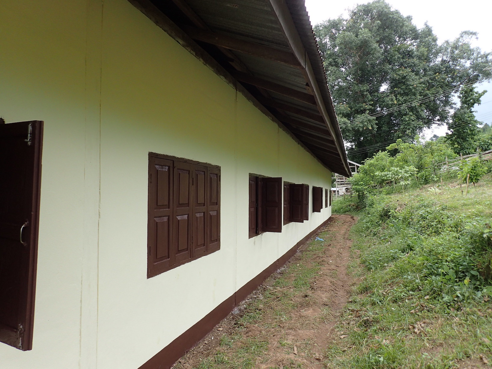 Houaykoualouang Primary School after painting