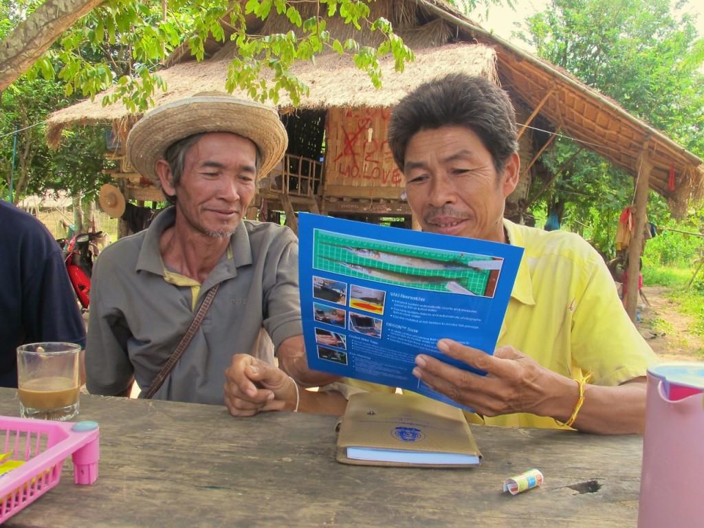 Sharing FISHBIO handouts in Lao PDR