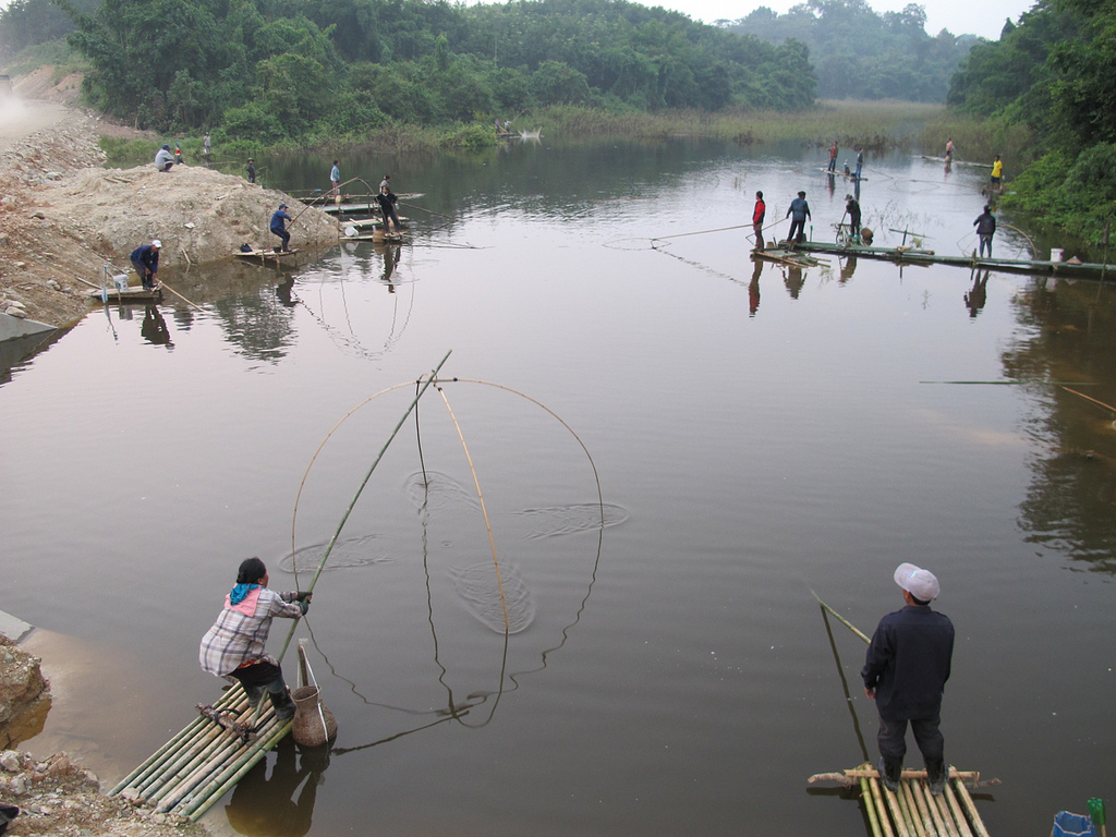 Lift net fishing