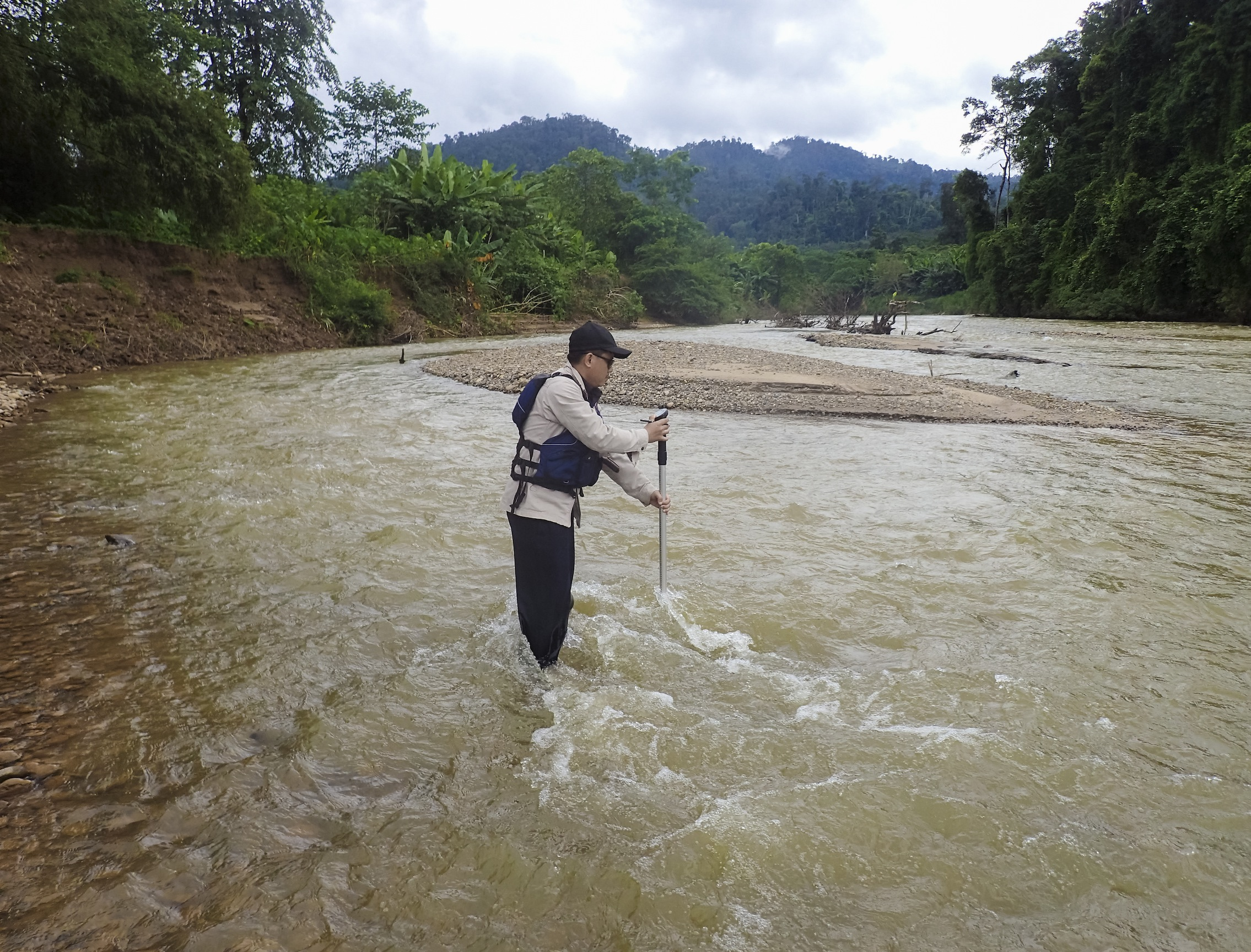 Measuring River Flow in Lao PDR
