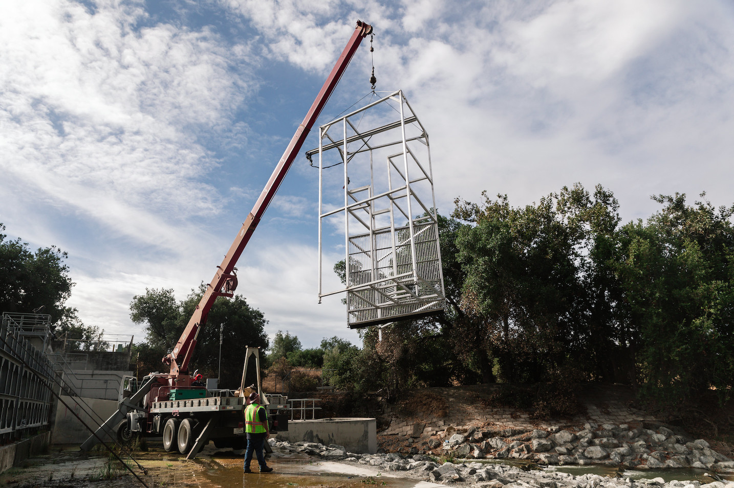 Raising the Riverwatcher Elevator