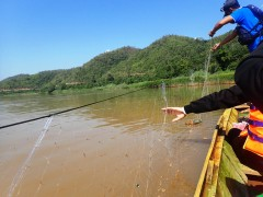 Removing a gill net from a Fish Conservation Zone