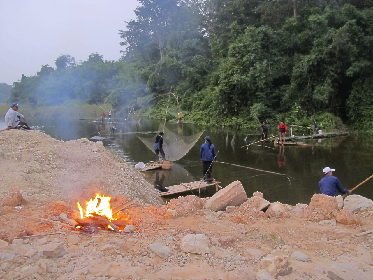 Social fishing in Lao PDR