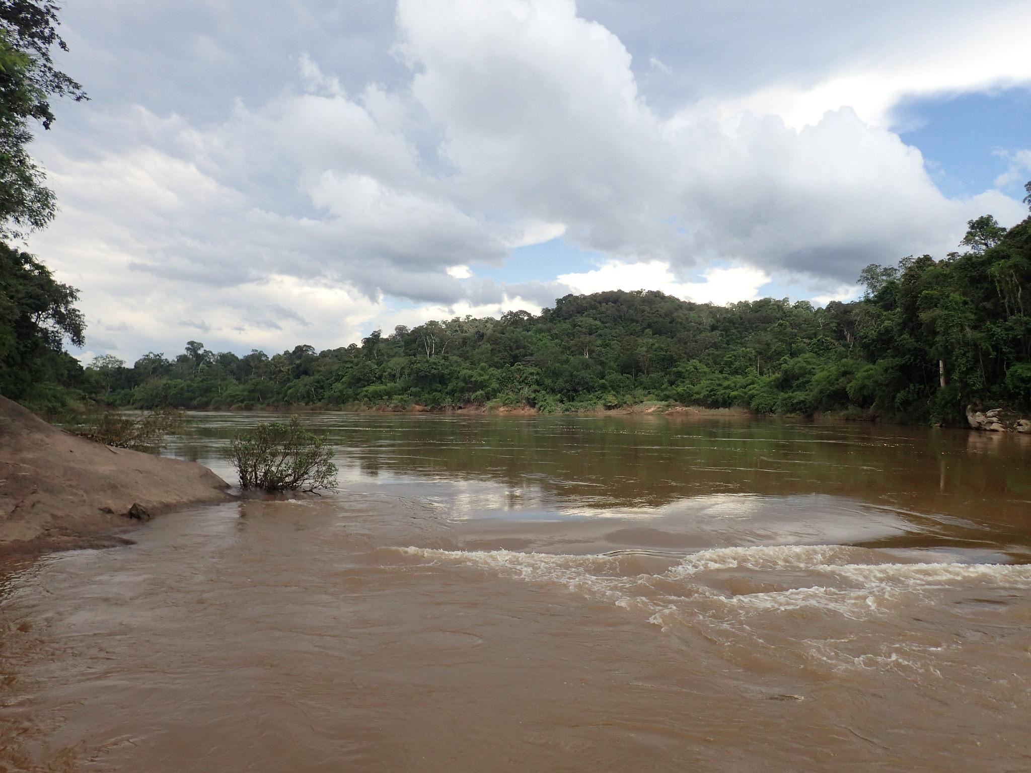 Xe Bangfai River