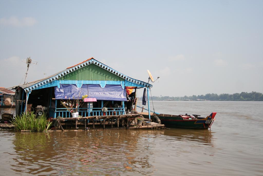 Tonle Sap floating house